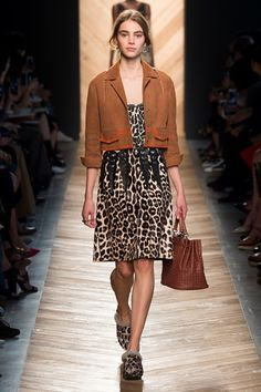 TAPE STRISCIA DOVE SONO LE TASCHE! Bottega Veneta - Spring Summer 2016 Ready-To-Wear - Shows - Vogue.it