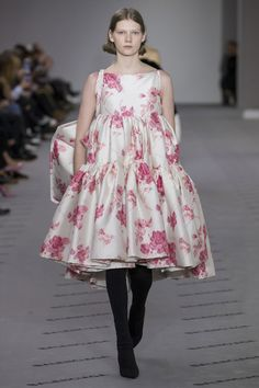 Balenciaga Fall 2017 RTW: Kate Bosworth