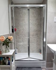 Find Out More On Beautiful Bathroom Showers Do It Yourself Family Bathroom, Small Bathroom, Bathroom Showers, Bathroom Ideas, Bathroom Fixtures, Bathroom Flooring, Taylor Wimpey, Small Showers, Luxury Shower