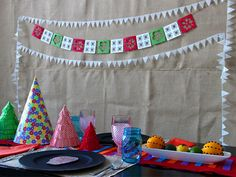 Mexican-Style Christmas Decorations and Tablesetting Ideas >> http://www.diynetwork.com/how-to/make-and-decorate/entertaining/mexican-style-christmas-decorations-and-tablesetting-ideas-pictures?soc=pinterest