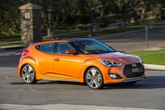 2016-hyundai-veloster-turbo-side-profile-in-motion-03.jpg (2040×1360)