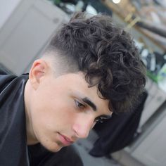 Hairstyles For Men With Beards Undercut Barbers 54 Ideas For 2019 Girls Short Haircuts, Haircuts For Curly Hair, Curly Hair Cuts, Permed Hairstyles, Short Curly Hair, Haircuts For Men, Short Hair Cuts, Curly Hair Styles, Men's Haircuts
