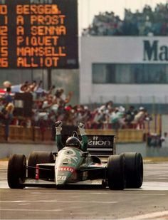 "coffeebreakexpresso: "" # Gerhard Berger - Benetton-BMW - Hermanos Rodriguez, Mexican Grand Prix - 1986 """