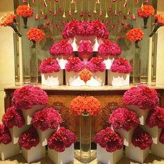 Jeff Leatham❤️ Jeff Leatham, Four Seasons Hotel, Ornament Wreath, Flower Art, Wreaths, Table Decorations, Holiday Decor, Flowers, Color