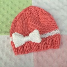 Hand Knit Baby Girl Bow Hat Hand knit with soft acrylic yarn. Great gift for that special little baby! Machine washable and dryable. Baby Hat Knitting Patterns Free, Beginner Knitting Patterns, Baby Hat Patterns, Baby Hats Knitting, Loom Knitting, Knitting Projects, Knitted Hats, Felt Projects, Baby Girl Bows