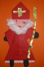 Vouwwerkje Loko, Marianne, Kindergarten, Crafts For Kids, Saints, December, Teacher, Christmas Ornaments, Holiday Decor