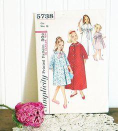 Girls Robe Pattern Simplicity 5738 Size 10 by HerbgirlAndVintage, $8.00