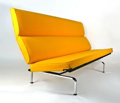 Sofa Compact by Charles Eames for Herman Miller |
