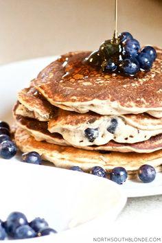 Blueberry Banana Cinnamon Pancakes (Vegan, Paleo, Gluten-Free) Vegan Keto, Vegan Gluten Free, Vegetarian Paleo, Vegan Soup, Baby Food Recipes, Vegan Recipes, Snack Recipes, Pancake Recipes, Tasty Snacks