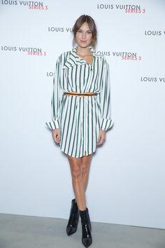 Alexa Chung en robe Louis Vuitton à l'exposition Series 3 à Londres http://www.vogue.fr/mode/inspirations/diaporama/fwpe16-les-meilleurs-looks-de-la-fashion-week-de-londres-printemps-t-2016-soires-dfils/22653#alexa-chung-en-robe-louis-vuitton-lexposition-series-3-londres