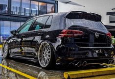 Golf Tips Topping The Ball Golf 7 Gti, Vw Golf R, Cabrio Vw, Volkswagen R32, Gti Mk7, Vw Vintage, Vw Cars, Modified Cars, Amazing Cars