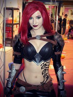Katarina from League of Legends by Enji Night @ twitter.com/EnjiNight - More at https://pinterest.com/supergirlsart #enjinight #hot #sexy #cosplay #girl #cosplaygirl #leagueoflegends #lol