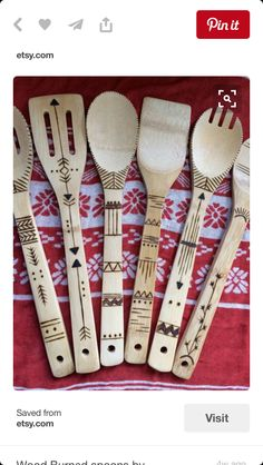 Ideas Wood Burning Pyrography Patterns Wooden Spoons For wood burning ? The tree burned by covering approach by moving a photo on wood is known as wooden decoration. In wood burning , deciding the cha. Wood Burning Crafts, Wood Burning Patterns, Wood Burning Art, Wood Crafts, Diy Wood, Pyrography Patterns, Pyrography Ideas, Wood Spoon, Wood Burner