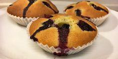 Skønne svampede blåbærmuffins med et lille herligt strejf af citron. Mums!