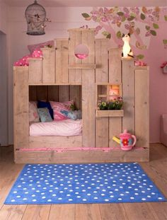 The cool and elegant pallet loft/bunk beds are making a statement for any home as it is a place of attraction. These astonishing ideas for pallets have great styles and it is a safer method for persons as sleeping on the top of bed. Some bunk beds ha Fairytale Bedroom, Dream Bedroom, Girls Bedroom, Bedroom Decor, Bedroom Ideas, Bed Ideas, Bedroom Designs, Bedroom Furniture, Furniture Sets