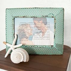 We have a super fun and totally easy way to create the perfect keepsake from your wedding - how to frame your wedding vows using your wedding photos!