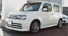 Nissan Cube Review
