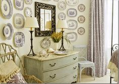 I have always loved Atlanta interior designer Jacquelynne aka Jackye Lanham's style. I love her use of fine antiques mixed with casual fabr...