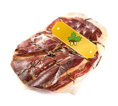 "Jamón Ibérico ""Gold-Serie"" Schulter  #Schinken #IberischerSchinken #IbericoSchinken #Food #Essen #Gourmet  #Gourmet Essen #PataNegra #PataNegraSchinken #Ham #Lebensmittel #Schweiz #Switzerland #Foodie Green Label, Ham, Steak, Beef, Food, Gourmet, Eten, Foods, Products"