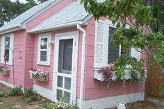 Shabby Chic Tiny Retreat: Tiny Porch Ponderings