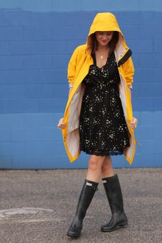 How to wear rain boots, What to wear in the rain, Hunter Rain Boots, yellow rain coat, LL Bean, L.L.Bean, Jessica Quirk, What I Wore, WhatIWore, What I Wore Today, WIWT, OOTD, Wellies, Fashion Blogger, Fashion Blog, Personal Style Blog, Personal Style Blogger, Fashion Blog on Tumblr, Bloomington