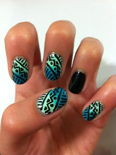 Global ombre nail art