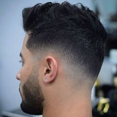 Low Skin Fade with Messy Top - Low Fade Haircuts For Men: Cool Low Taper Fade Hairstyles Top Fade Haircut, Types Of Fade Haircut, Hair And Beard Styles, Curly Hair Styles, Low Skin Fade, Medium Skin Fade, Faded Hair, Boy Hairstyles, Hairstyle Short