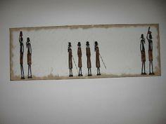 4 kleine und 4 große handgeschnitzte Massaii auf Acryl und Keilrahmen.