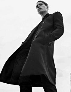 Tyler Clinton for L'Uomo Vogue Italia by Sebastian Kim Men Fashion Photoshoot, Fashion Poses, Fashion Wear, Womens Fashion, Vogue Models, Vogue Men, Fashion Photography Poses, Man Photography, Menswear Fashion Photography