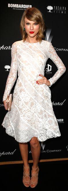 Taylor Swift não parece uma princesa com esse vestido de renda ...