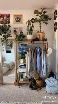 Room Design Bedroom, Room Ideas Bedroom, Bedroom Inspo, Decor Room, Wood Room Ideas, Cozy Bedroom Decor, Boho Teen Bedroom, Bedroom Ideas For Small Rooms Cozy, Small Bedroom Inspiration
