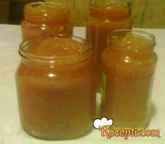 Recept za Pekmez od bundeve. Za spremanje pekmeza neophodno je pripremiti bundevu, jabuke šećer, cimet, limun, pomorandžu. Hot Sauce Bottles, Yummy Food, Jar, Delicious Food, Jars, Glass