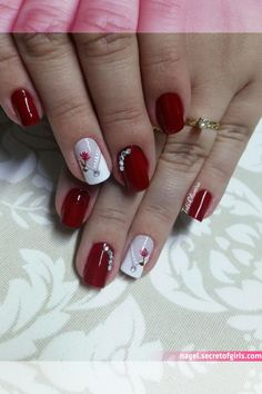 Pin on Manicures Aycrlic Nails, Manicure And Pedicure, Red Nails, Cute Nails, Pretty Nails, Nail Nail, Holiday Nails, Christmas Nails, Nagellack Design
