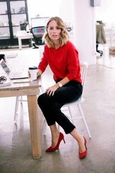 red sweater + black ankle pants + red heels