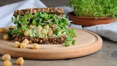 Don't want bread for your sandwich? Make your 'wich any which way! Ditch the bread and wrap the fixings in a big lettuce, collard or kale leaf, or pile it on a bed of greens for a refreshing, lighter lunch! (Just be sure to add some extra greens to your … Blue Zones Recipes, Zone Recipes, Healthy Recipes, Healthy Foods, Chickpea Sandwich, Salad Sandwich, Tuna Salad, Longevity Diet, Sandwiches