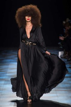 View the Michael Costello Fall 2017 RTW collection. See photos and video of the F2017RTW runway show. Michael Costello