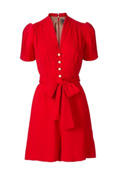 again, the perfect shirt dress without the buttons down to the knee that keep threatening to pop open if you have any shape whatsoever (me).  the belted waist and a-line skirt flatter said bottom half, while the princess seaming and darts give your bust the perfect demure shape.  love, just in time for valentine's day!