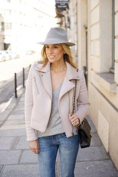 Paris Street Style – Pink Moto