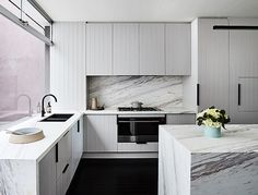 We are so excited to be featured on season 3 of @thestyleschool by Bec Judd! Head to http://www.rebeccajuddloves.com/category/the-style-school/ to view the amazing kitchen reveal! Some of the unique finishes in this space include marble bench tops, panelled cabinetry and leather cabinet handles. @jamesgeer