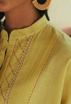 Neck Designs For Suits, Neckline Designs, Sleeves Designs For Dresses, Dress Neck Designs, Stylish Dress Designs, Churidar Neck Designs, Kurta Neck Design, Abaya Designs, Kurta Designs Women