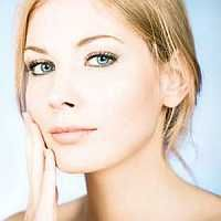 Best Ways to Remove Age Spots Naturally