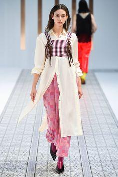 Tokyo Spring 2018 Fashion Show Collection Couture Fashion, Runway Fashion, Girl Fashion, Fashion Outfits, Fashion Design, Fashion Trends, Tokyo Fashion, India Fashion, Street Fashion
