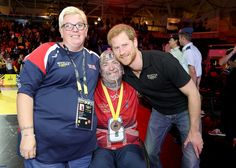 Prince Harry Photos - Prince Harry meets Michelle Guest and Paul Guest at the Wheelchair Basketball Finals during the Invictus Games 2017  at Mattamy Athletic Centre on September 30, 2017 in Toronto, Canada. - Invictus Games Toronto 2017 - Day 8
