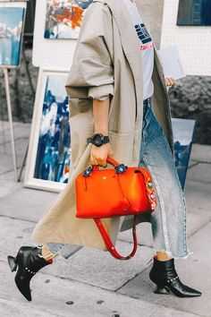 - Street Chic Looks Look Street Style, Street Chic, Street Fashion, Mode Style, Style Me, Ankle Boots, Mode Inspiration, Sandro, Autumn Winter Fashion