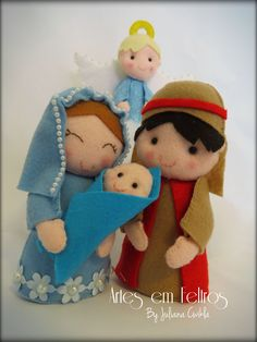 Presépio em Feltro Felt Christmas Decorations, Felt Christmas Ornaments, Christmas Nativity, Christmas Time, Christmas Crafts, Nativity Crafts, Felt Patterns, Felt Dolls, Felt Crafts