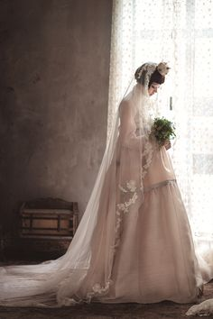 The FashionBrides is the largest online directory dedicated to bridal designers and wedding gowns. Find the gown you always dreamed for a fairy tale wedding. Korean Traditional Dress, Traditional Fashion, Traditional Dresses, Korean Dress, Korean Outfits, Hanbok Wedding, Bridal Gowns, Wedding Gowns, Modern Hanbok