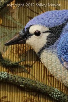 Love this detailed stitchery Embroidered Bird, Bird Embroidery, Needlepoint Stitches, Needlework, Lesage, Felt Birds, Fabric Birds, Bird Patterns, Wool Applique