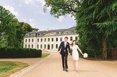 Schloss Weissenhaus an der Ostsee. Eine sommerliche Hochzeit im stilvollen Ambiente mit Spazierganz am Strand