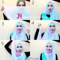 Tutorial Hijab Segi Empat Simple Tapi Mewah dan Elegant Bermotif Transparan