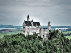 Full-Day Bavarian Castles Tour from Fussen 2019 - Füssen Disney Symbols, Fussen Germany, Linderhof Palace, Sleeping Beauty Castle, Unique Restaurants, Germany Castles, Neuschwanstein Castle, Alpine Lake, Fairytale Castle